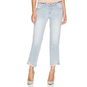 Jag Frayed Hem Mid Rise Straight Ankle Jeans